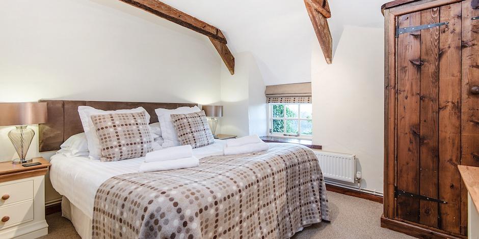 Bramble main bedroom