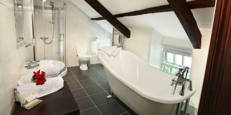 Ivy Cottage – luxurious slipper bath