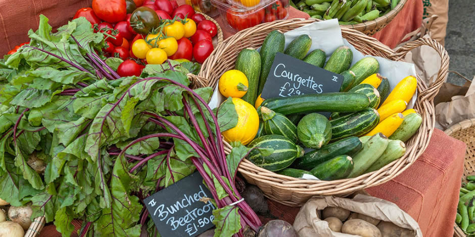 Weekly local farmers markets