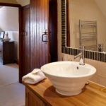 Tansy Upstairs Ensuite