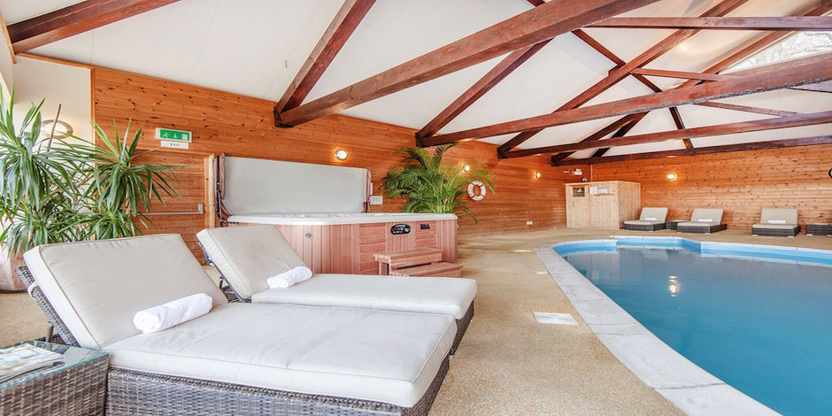Clydey indoor pool and hot tub